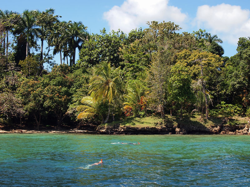 hospital-point-solarte-island-bocas-del-toro-panama