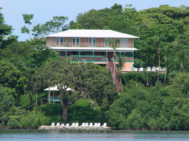 Los-Secretos-Resort-5