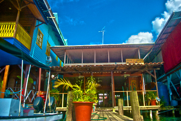 buena-vista-bar-and-grill-bocas-del-toro-panama